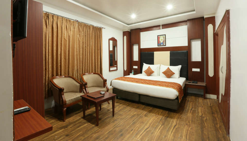 Standard Room at Alps Resort Dalhousie 5