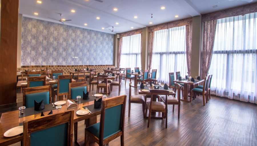 alt-text restaurant at Mount Himalayan Hotel and Spa 3