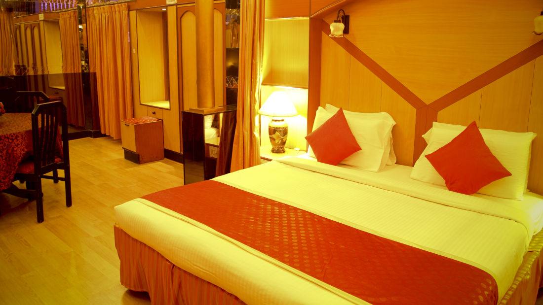Rooms Hotel Yasodha Towers 50