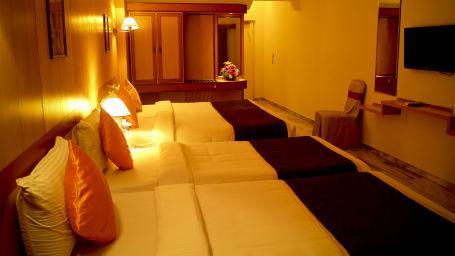 Rooms Hotel Yasodha Towers 61