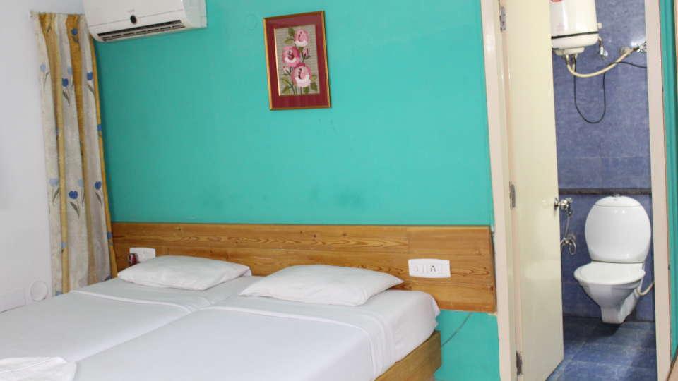 Golf Inn Executive Hotel, Bangalore Bangalore Executive Rooms 1 golf inn executive hotel near embassy golf links business park