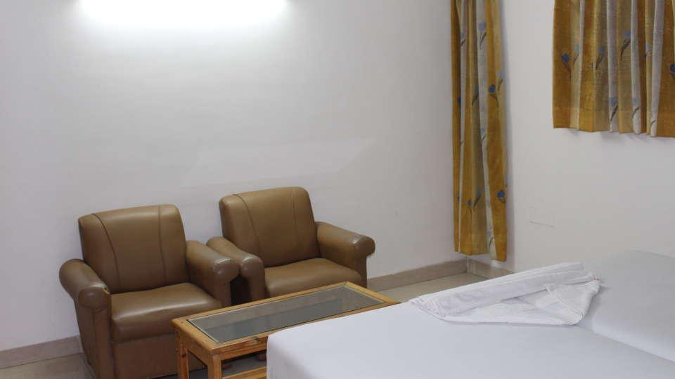 Golf Inn Executive Hotel, Bangalore Bangalore Executive Rooms 4 golf inn executive hotel near embassy golf links business park