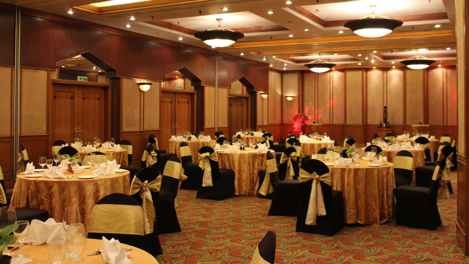 Hotel near domastic airport hotel hotel near by airport veg hotel - Host Your Banquets Events At Orchid Hotels