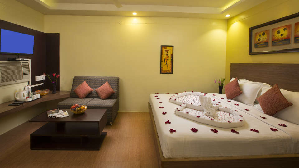 Superior Rooms at TGI Star Holiday Resort Yercaud 2
