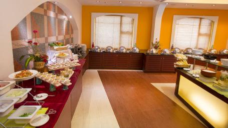 Buffet Counter 3