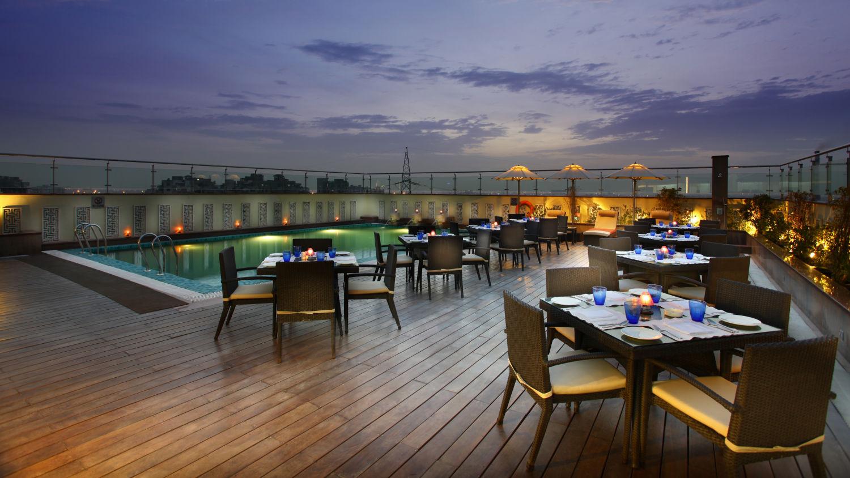 Terrace Grill at Mahagun Sarovar Portico Vaishali, best restuarants in vaishali 4