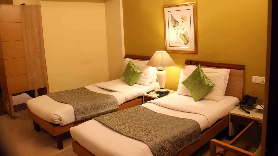 AC Deluxe Twin Bed Room VITS Hotel Nashik