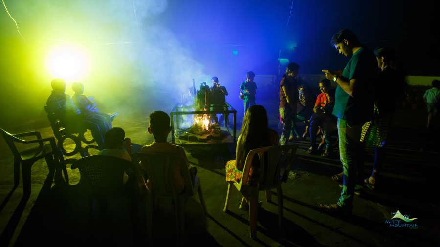 Misty Mountain Resort, Munnar Munnar Campfire 3 Misty Mountain Resort Munnar 3