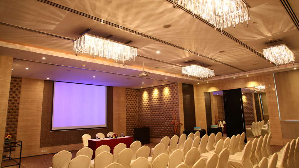 Banquet Hall Panorama at Grand Hometel Mumbai, best hotels near malad railway station