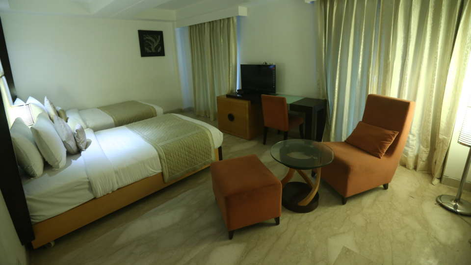 Deluxe Room Grand Venizia Model Town New Delhi 9