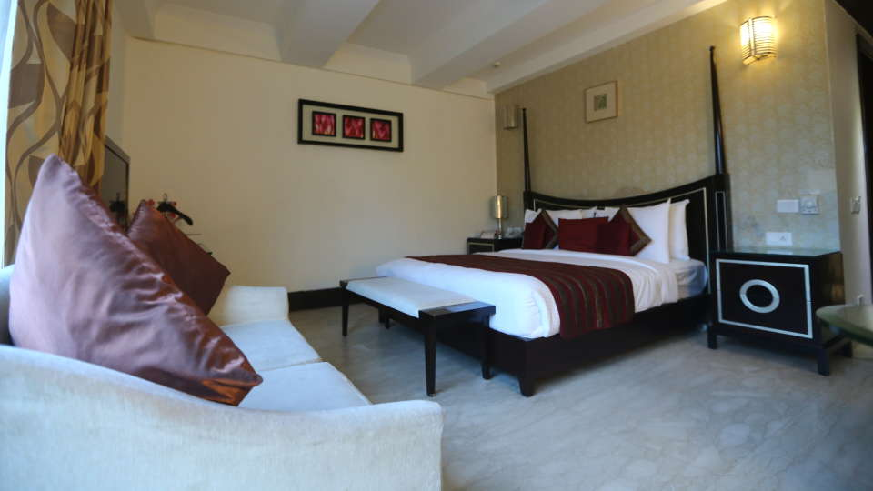 Standard Room Grand Venizia Model Town New Delhi 2