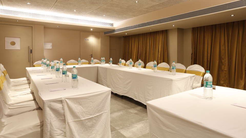 Conference Halls in Andheri Hotel Dragon Fly Andheri Mumbai