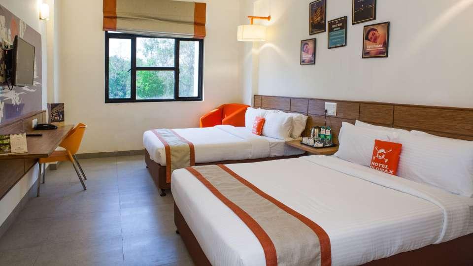 Max Family Room Hotel Polo Max Jabalpur