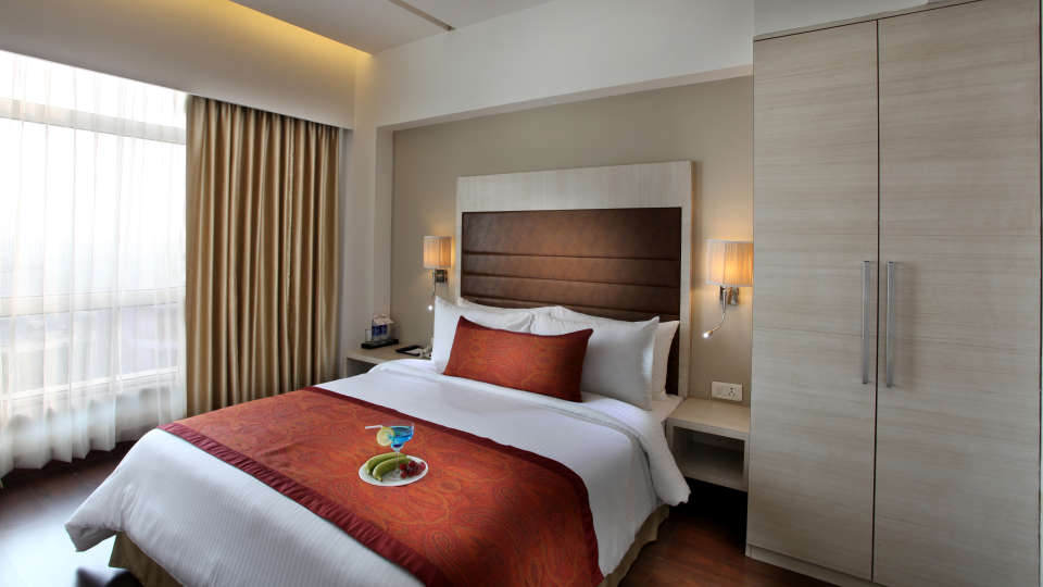 Premier Studio at Mahagun Sarovar Portico Vaishali, best rooms in ghaziabad
