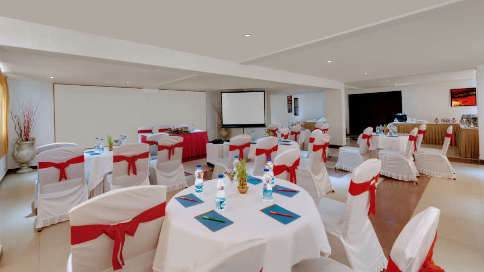Muthu Hall at SRM Hotel in Tuticorin, banquet hall in Tuticorin