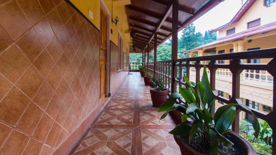 The Pavilion Hotel, Nainital Nainital Balcony The Pavilion Hotel Nainital