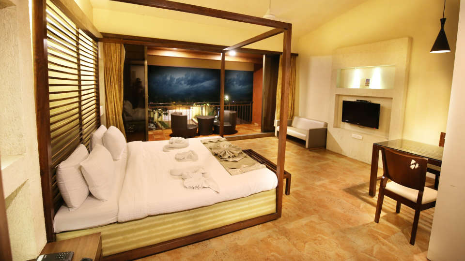 Moghul Room Zara s Resort Budget Hotel in Lonavla 2