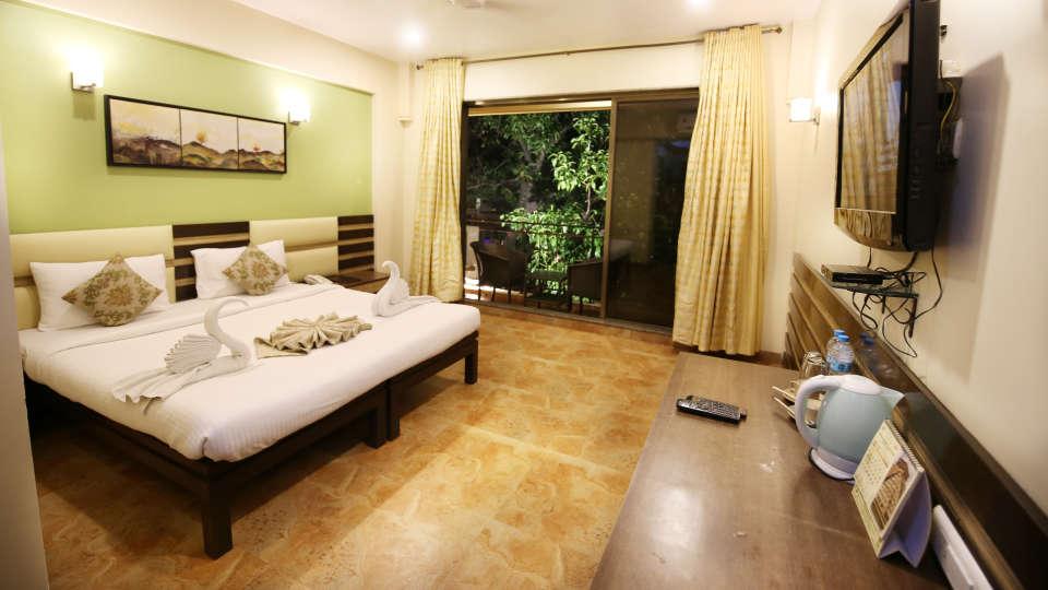 Super Deluxe Room, Zara\'s Resort, Khandala, Rooms in Lonavla 1