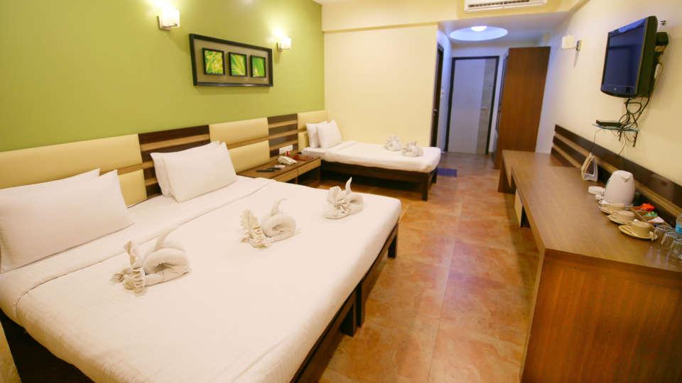 Super Deluxe Room, Zara\'s Resort, Khandala, Rooms in Lonavla 2