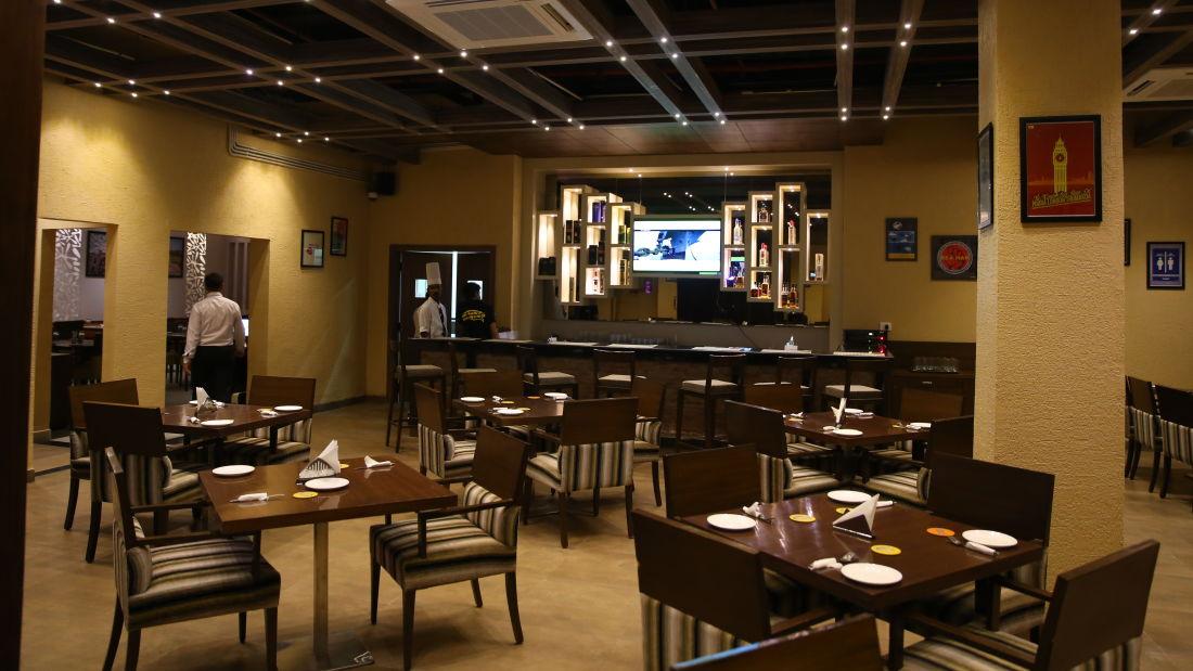 Le ROI Udaipur Hotel Udaipur Patiala Peg Bar Le Roi Udaipur