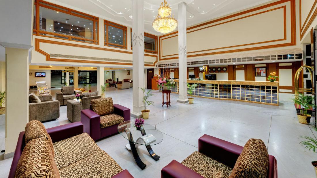 SRM Hotel Maram Malai Nagar Chennai 12