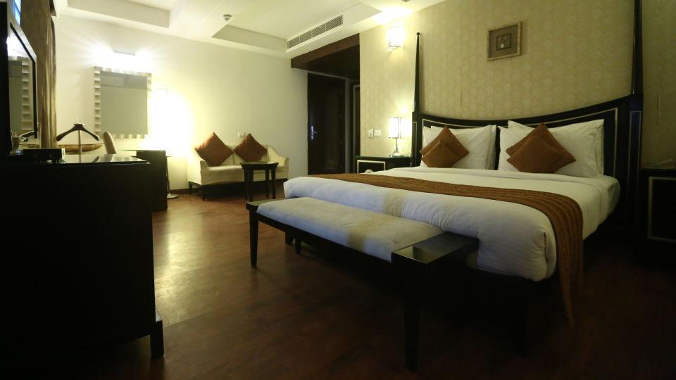 Standard Room Grand Venizia Model Town New Delhi 9