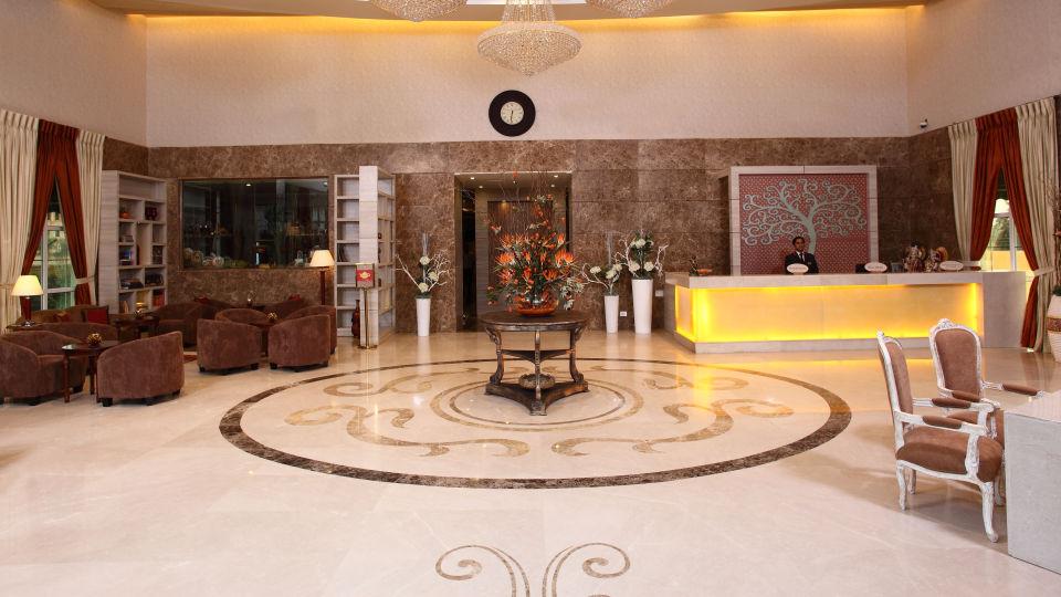 Hotel Nidhivan Sarovar Portico, Mathura Mathura Reception- -Lobby -Hotel-Sarovar-Portico -Mathura- 2