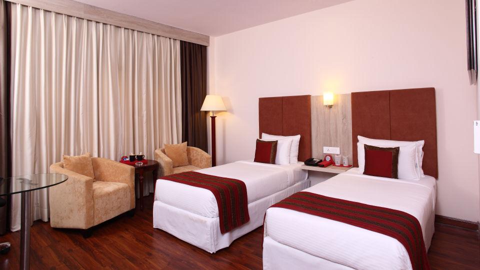 Hotel Nidhivan Sarovar Portico, Mathura Mathura Superior-Rooms -Hotel-Nidhivan-Sarovar-Portico -Mathura- 5