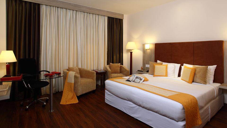 Hotel Nidhivan Sarovar Portico, Mathura Mathura Superior-Rooms -Hotel-Nidhivan-Sarovar-Portico -Mathura- 6