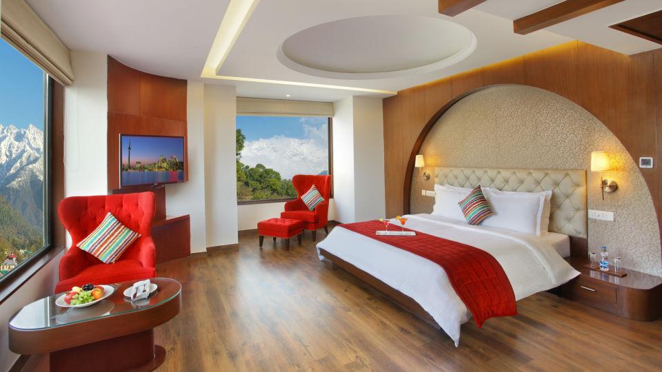 Junior Suite at RS Sarovar Portico, Palampur Hotels 3