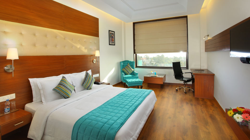 Superior Room at RS Sarovar Portico, Palampur  Hotels 4