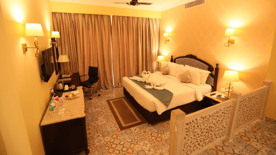 Regal Suite Ramada Resort Kumbhalgarh Resorts in Kumbhalgarh 4
