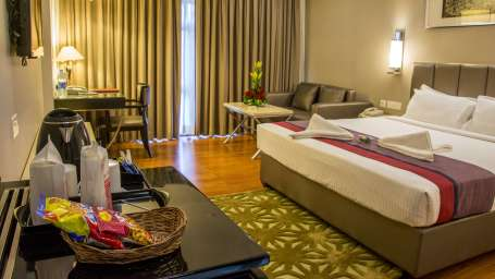 Rooms Hotel Bliss Tirupati 2
