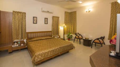 Hotel Pai Vista, KR Road, Bangalore Bangalore Pai Vista KR Road Luxury Hotel Bangalore Suite 4