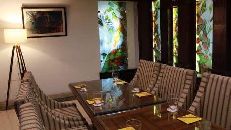 Hotel Saffron Leaf Dehradun