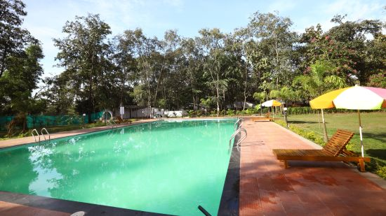 swimming-pool sajan-nature-club 42640576172 o