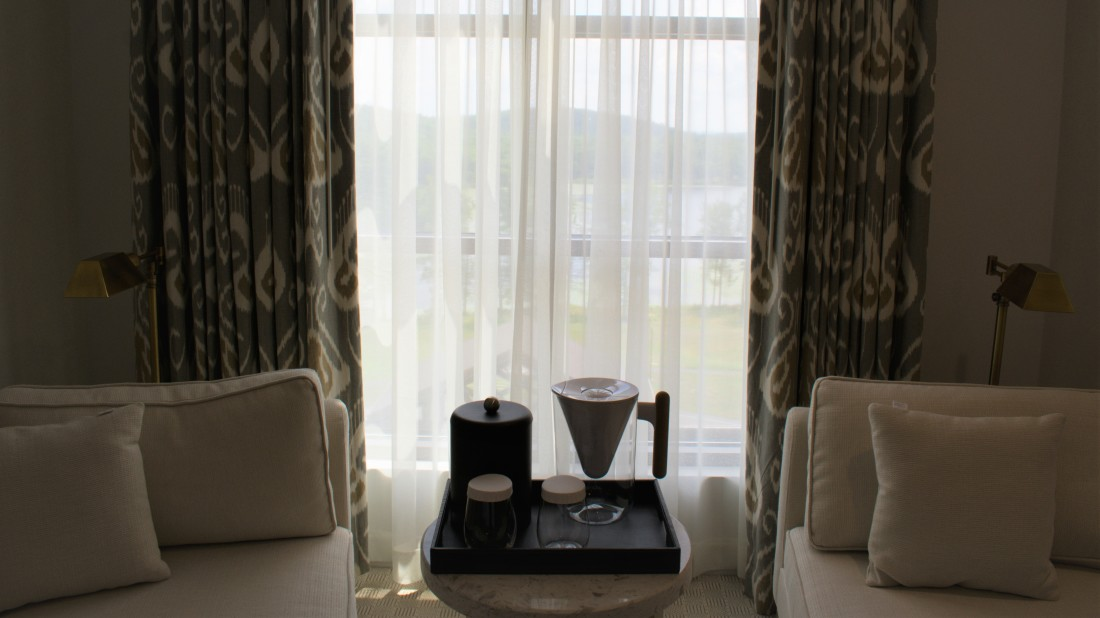 Catskills Accommodation, YO1 Health Resort, Lakeview Double King Room 7
