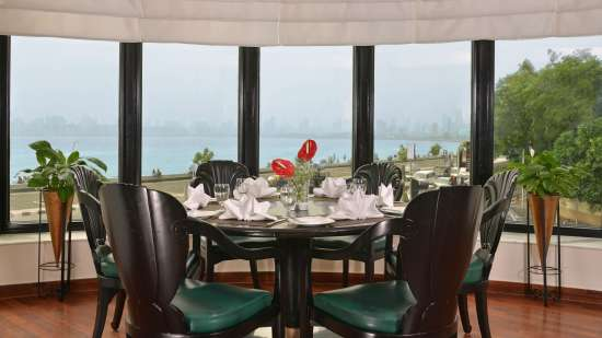 The Bayview - All Day Dining- 24 hour Coffee Shop, Hotel Marine Plaza Mumbai