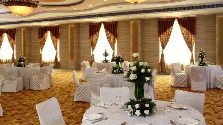 Hotel Nidhivan Sarovar Portico, Mathura Mathura Weddings -Hotel-Sarovar-Portico -Mathura- 5