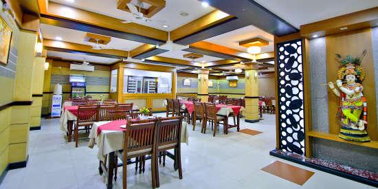 Vanamala Restaurant, Hotel Sree Gokulam Vanamala, Restaurant In Guruvayur