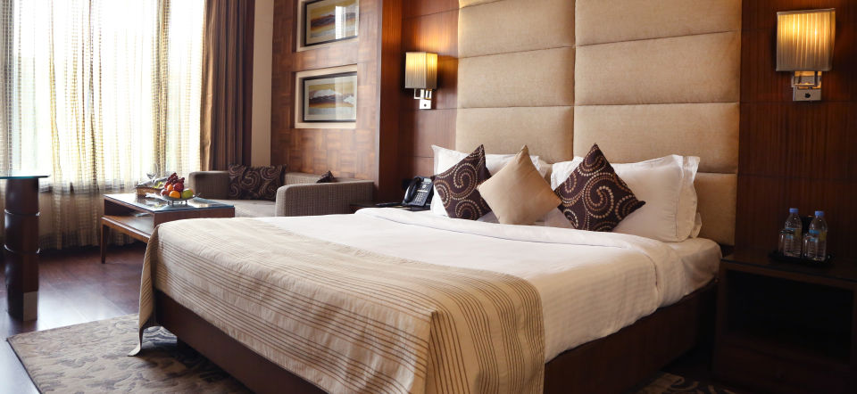 Club Rooms at The Bristol Hotel Gurgaon, Rooms Near Cyber City  5