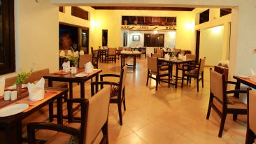 In House Restaurant at Infinity Resorts Bandhavgarh, Restaurant in Madhya Pradesh, Resort in Bandhavgarh 2