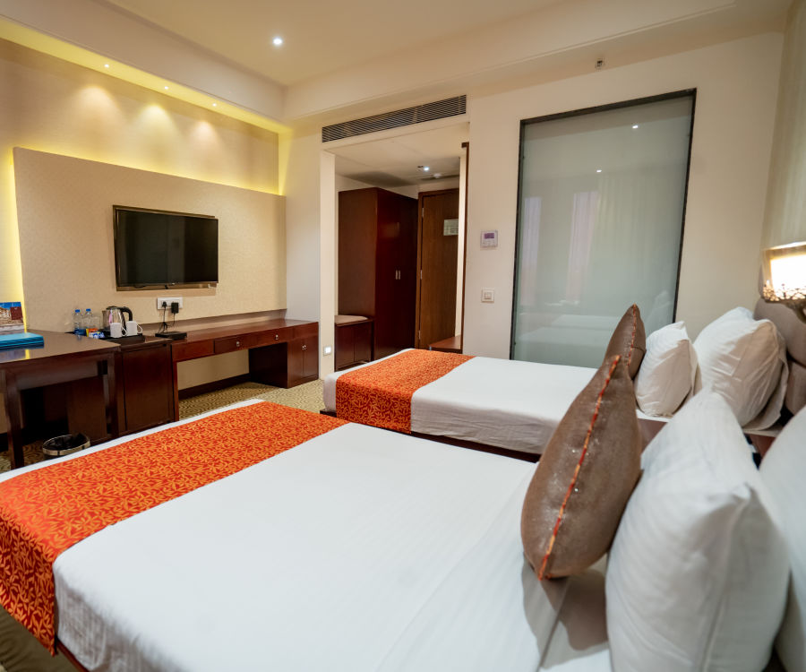alt-text Pride Deluxe Twin, Pride Hotel, Hotels in Indore
