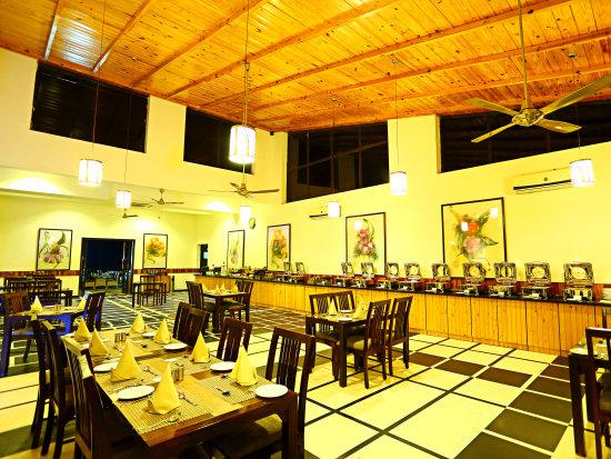 The golden Forest restaurant at The Golden Tusk Resort, Restaurants in Corbett 2