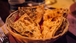 bread-cooked-cuisine-1117862