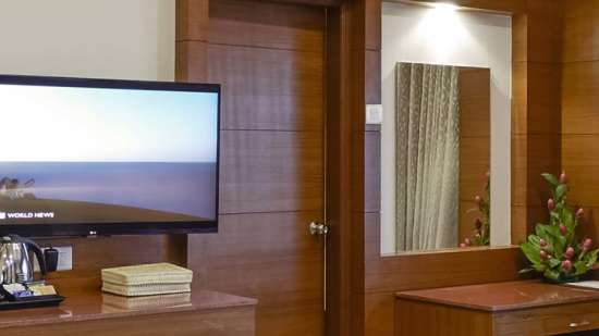 JP Hotel in Chennai JP Suit Room 6