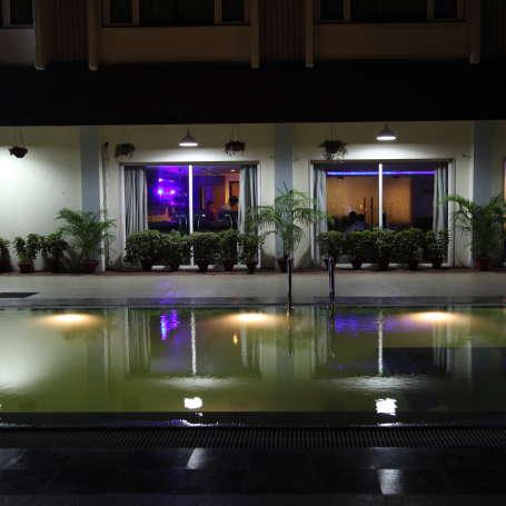 VITS Bhubaneswar Hotel Bhubaneswar Swimming pool 4 - VITS Hotel Bhubaneshwar
