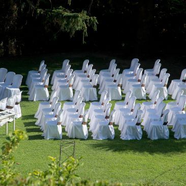 chairs-1666070