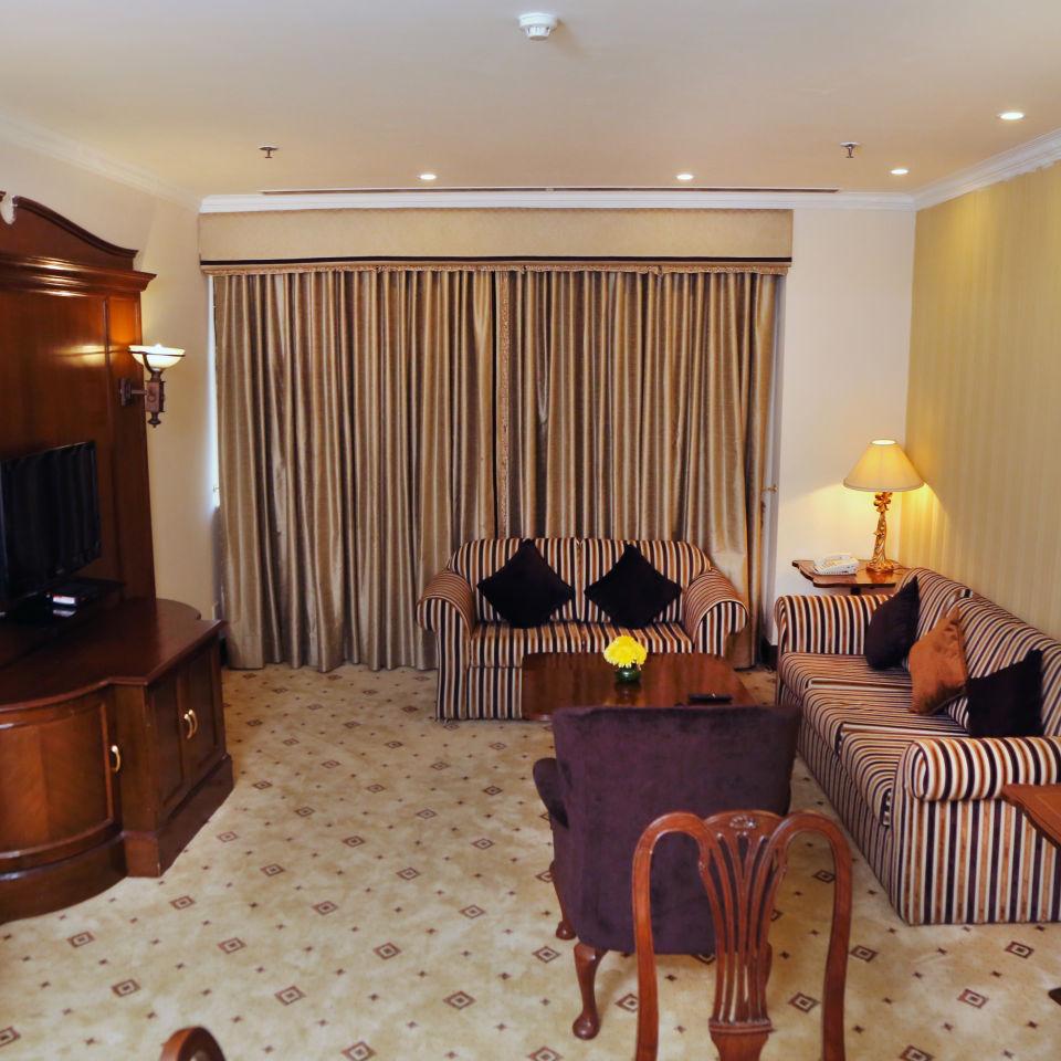 Business Suite, The Bristol Hotel Gurgaon, 5-star Hotel In Gurgaon 7752