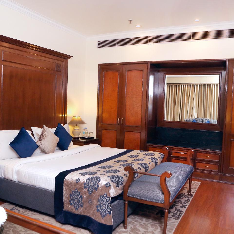 Business Suite, The Bristol Hotel Gurgaon, 5-star Hotel In Gurgaon 7781